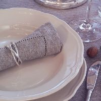 table_linen